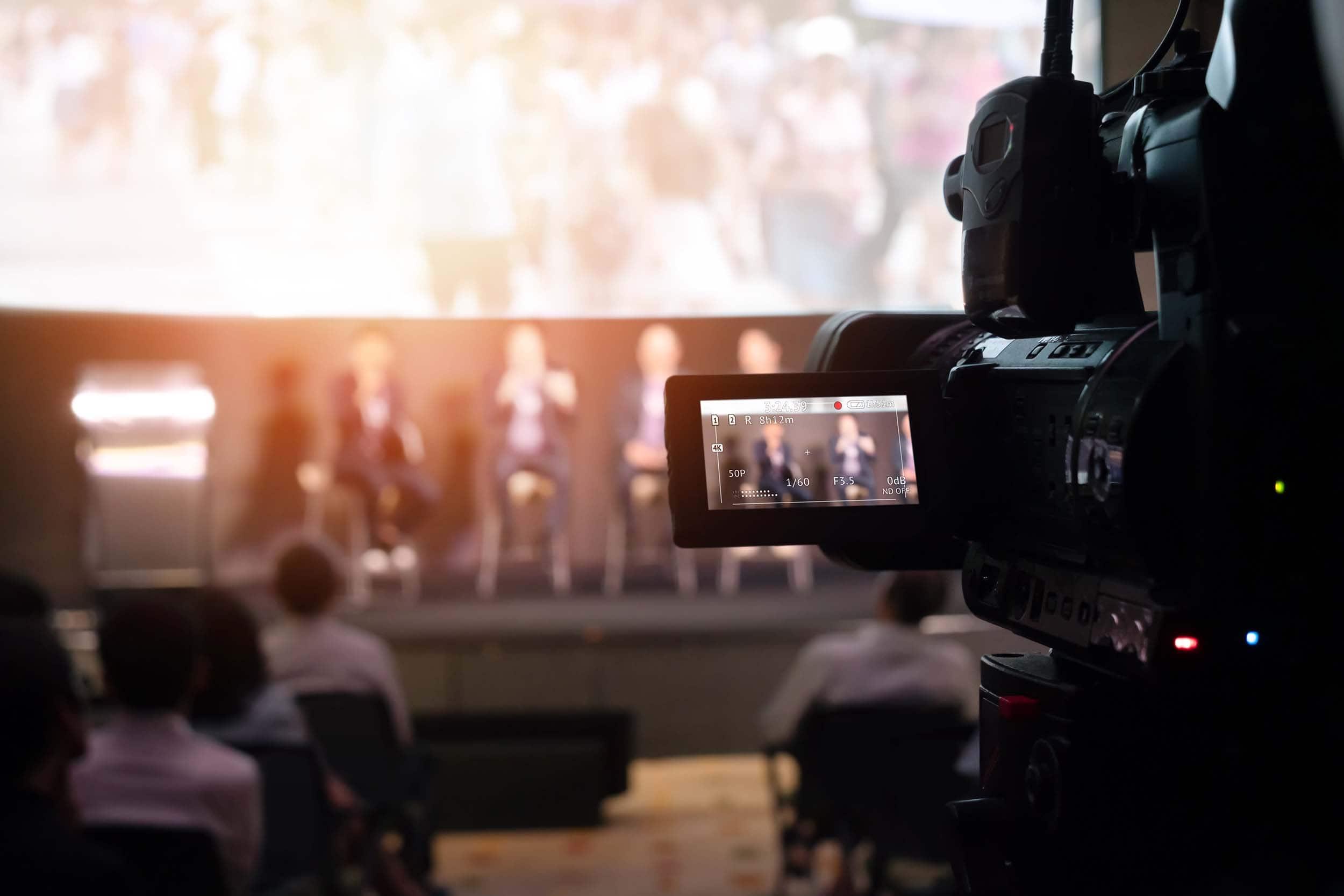 Transmisja na żywo live andcut warszawa, szczecin
